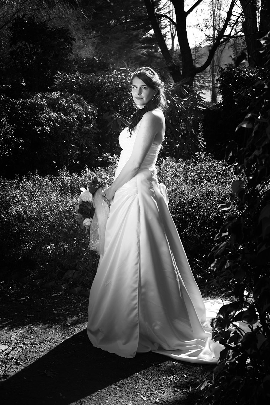 Beautiful black and white bridal gown photographer. Murwillumbah based photographer covering wedding in ACT Canberra.