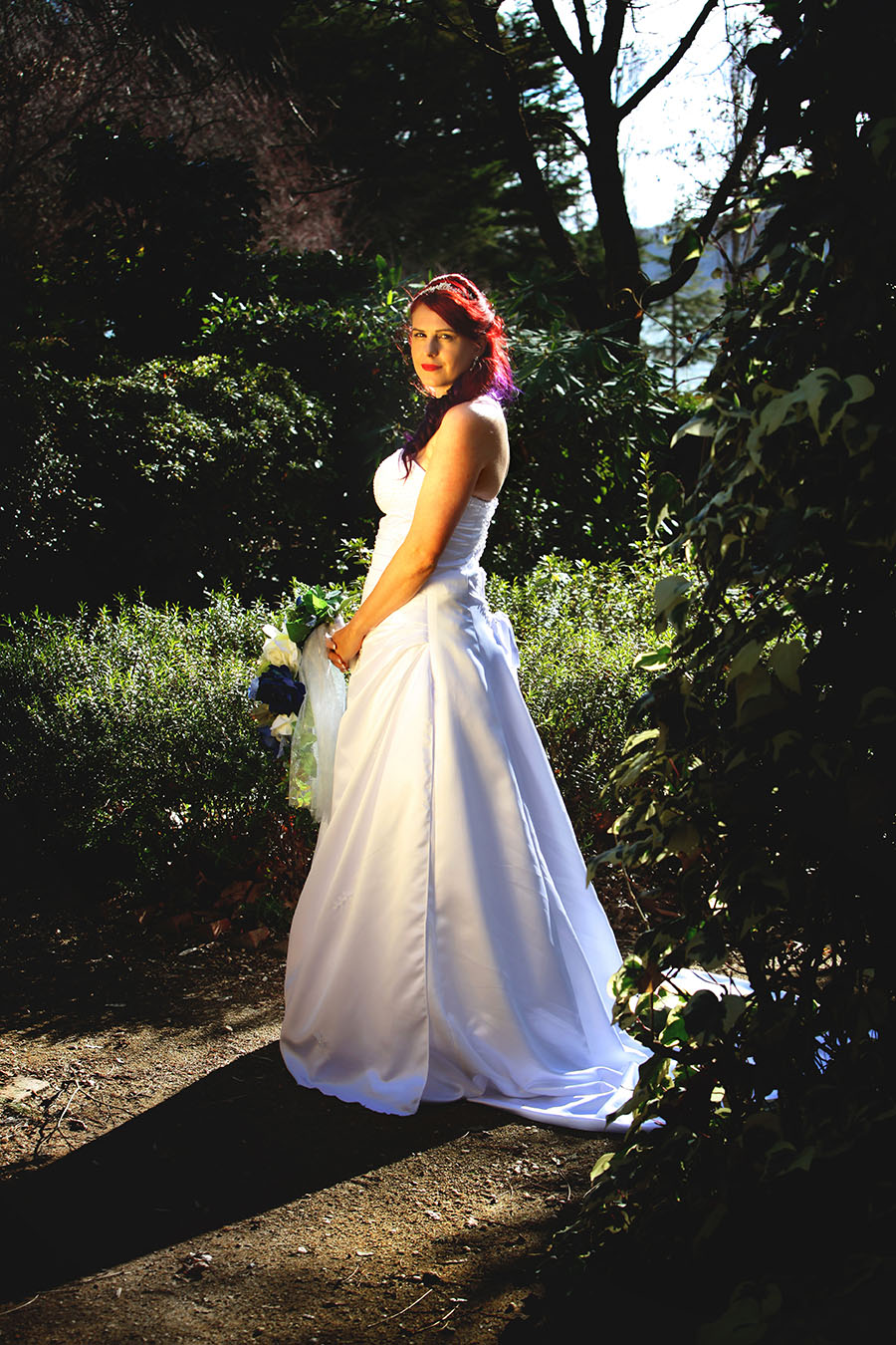 Bridal portrait - Pre ceremony photoshoot - Lennox Park, Canberra ACT. Bride with reflective light, glowing